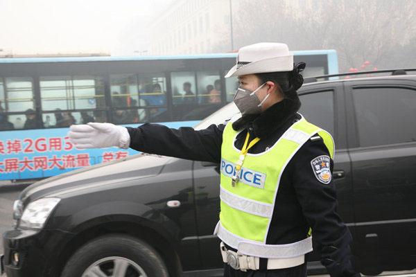 2018年西安交警用什么雾霾口罩