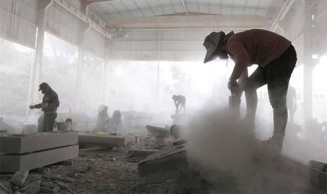石材切割带什么防尘口罩